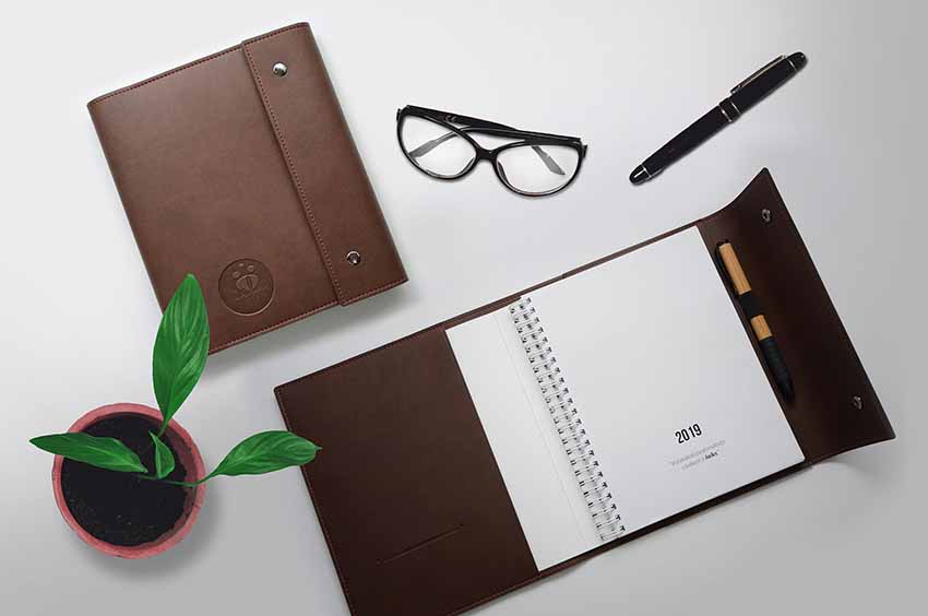 planners leather covers manufacturing