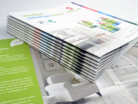 staple brochure printing prices