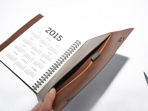 Production of planners in leather covers